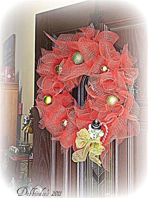 Front Door Wreaths Diy Mesh Wreath On The Front Door Diy