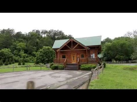 Cabin Rentals Wears Valley Tennessee by Quot Nook Quot Smoky Mountains Cabin Rental In Wears Valley