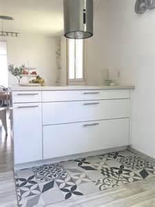 deco tapis carreaux de ciment dans la cuisine