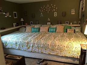 How Large Is A Size Bed by 25 Best California King Beds Ideas On