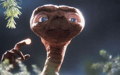 film robot et extraterrestre e t the extra terrestrial review redefined popular sci