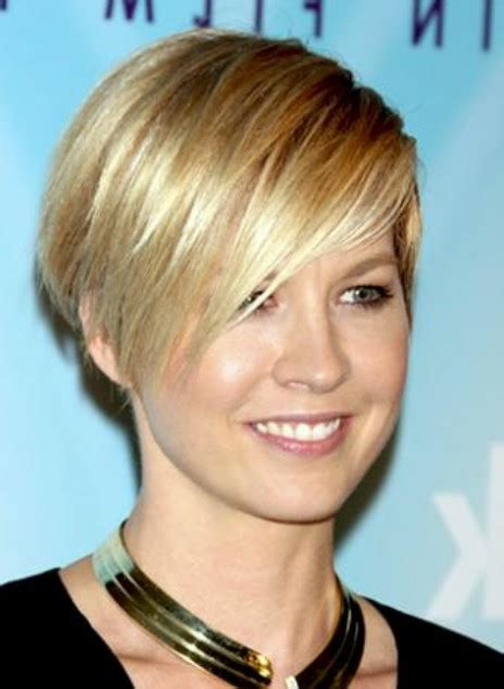 wedge cut for thin hair short layered wedge hairstyles layered short wedge
