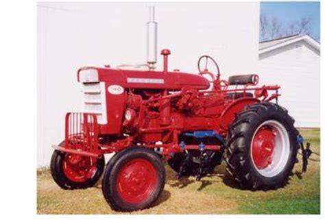 1959 Farmall 140 Antique Tractor