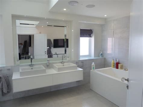 Bathrooms In Kent by Best 25 Tiny Bathrooms Ideas On Pinterest Small Bathroom