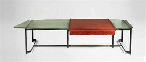 immagini scrivania affordable scrivania with immagini scrivanie