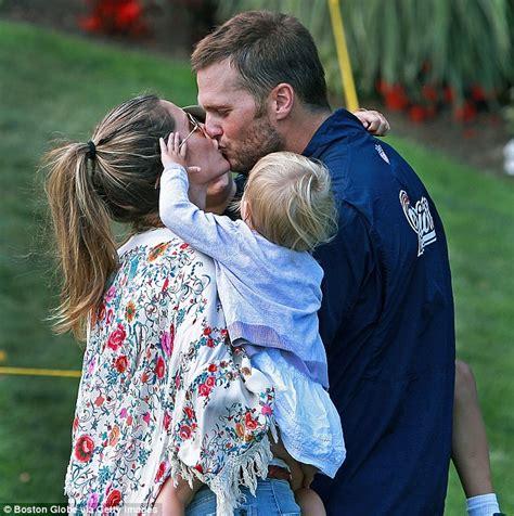 Tom Brady Baby Drama by Gisele Bundchen And Benjamin Cheer On Tom Brady As