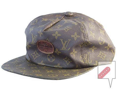 Topi Snapback Cap Louis Vuitton Lv Monogram 04 vintage replica louis vitton snapback cap oh snapbacks