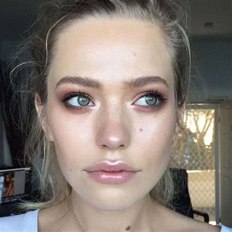 Get Livelys Fresh Faced Look by Get The Glow Can You Create A Fresh Faced Look Without