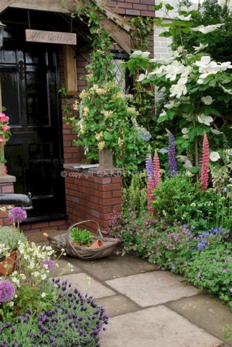 Front Garden Bed Ideas 24 Ways To Build An Amazing Garden On A Budget With A Beautiful Flower Bed Ideas 24 Spaces
