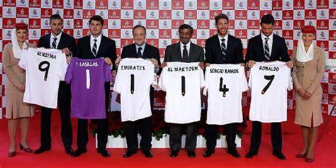 Jersey Kiper Real Madrid detail jersey home kiper real madrid 2013 2014 bola net