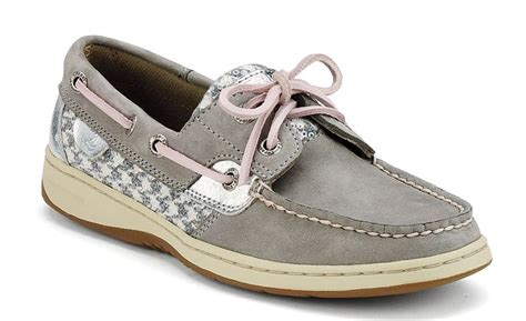 boat shoes yes or no 148 best houndstooth images on pinterest houndstooth