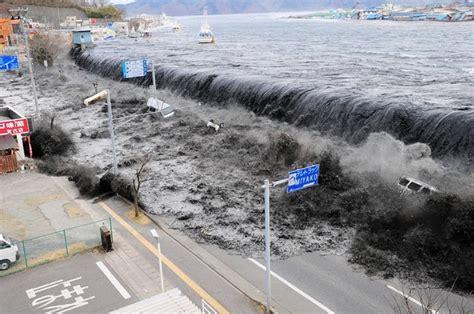 imagenes del tsunami japon 2011 jap 243 n emite alerta de tsunami taringa