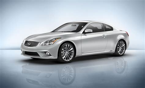 2014 infiniti q60 coupe car and driver