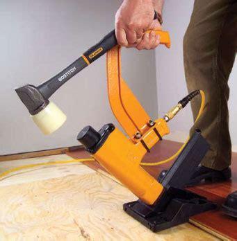 BOSTITCH MIIIFS 1 1/2 Inch to 2 Inch Pneumatic Floor