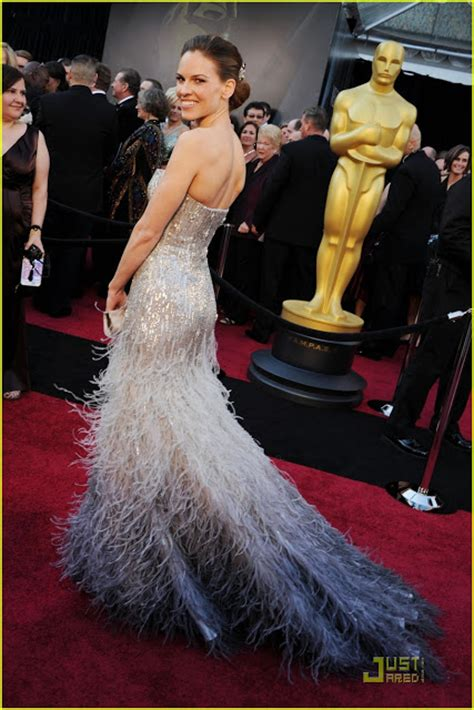 Oscars Carpet Hilary Swank by Mar 231 O 2011 Susanandfashion