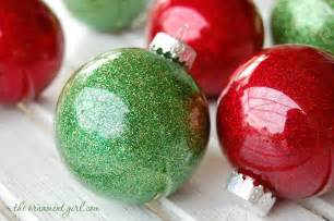 glitter ornament diy using clear plastic bulbs instead of