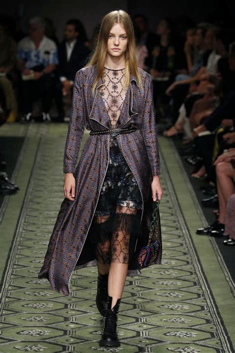 Fsf Ready Kimono Burbery Pink 567 best images about lookburberry burberry prorsum on fashion weeks burberry