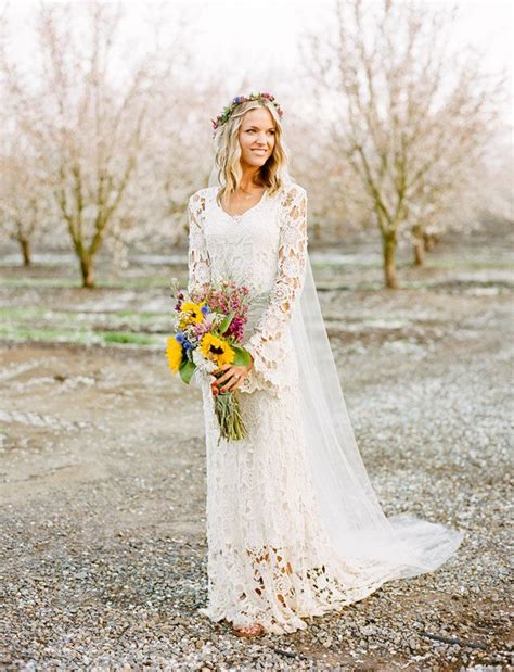 take a look at these stunning carefree bohemian interiors beautiful bohemian wedding dresses unique boho wedding