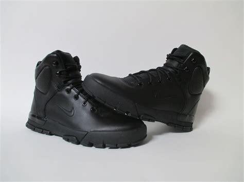 new acg boots s nike air nevist 6 acg boots 454402 002 black black