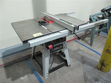 Table Saw Modern Ts 8 4 delta 10 quot table saw model 36 979 s n 317047 adjustable fence
