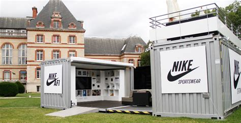 Stores Like Container Store by Pop Up Shops 14 Imaginatively Risky Retail Designs