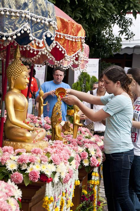 new year 2019 thailand fest300 songkran photos and festival information
