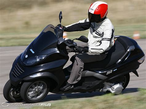 piaggio hys hybrid scooter look motorcycle usa