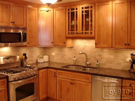 Kitchen Paint Colors Light Brown Cabinets