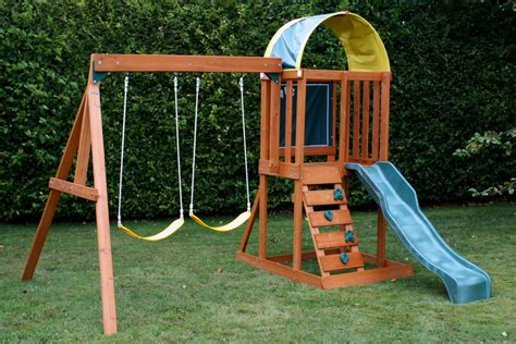 best swing 10 best swing set reviews 2018 the 10th circle