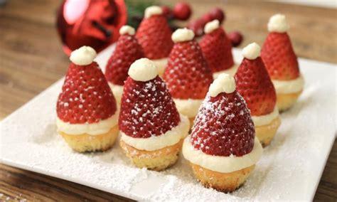 mini santa christmas cheesecakes recipe kidspot