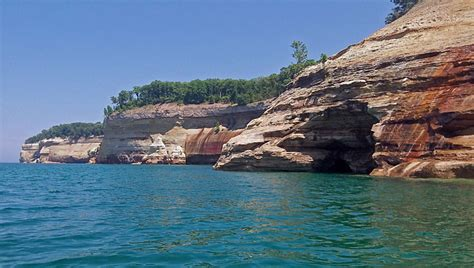 pictured rocks boat tours grand marais grand marais pictured rocks national lakeshore