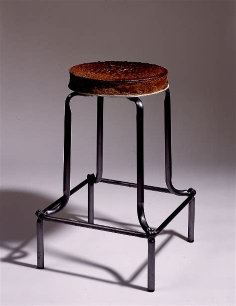 Cake Stool the collection galeria toni t 224 pies barcelona