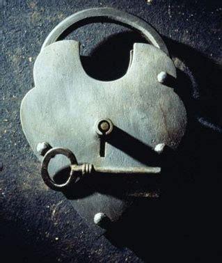 Pasak Kunci by Semua Ada Disini