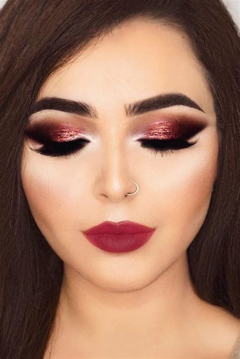 christmas makeup sparkles smokey  berry christmas