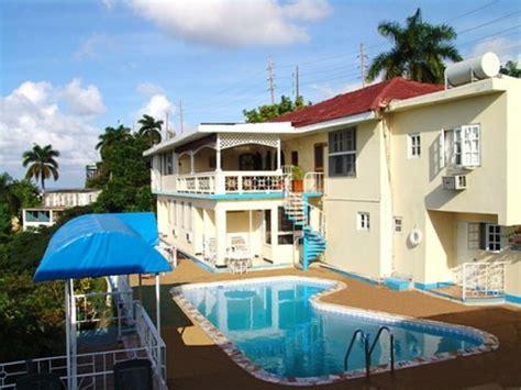 bid on hotel the big apple hotel montego bay jamaika review hotel