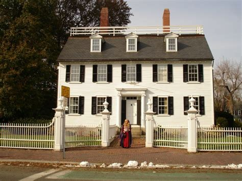 hocus pocus house 1000 images about halloween costumes salem on pinterest mansions happenings and