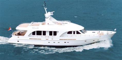 motorjacht eleonore moonen brokerage sells 26m motor yacht eleonora
