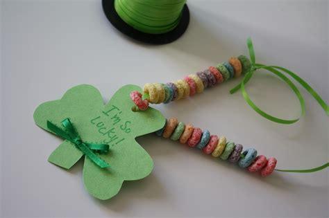 quick shamrock toddler craft making life blissful