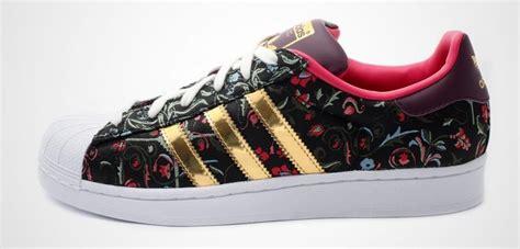 imagenes nike flores off63 comprar zapatillas adidas doradas mujer gt env 237 o