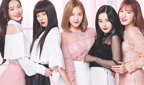 Etude Velvet which velvet member s 2018 makeup style looks best