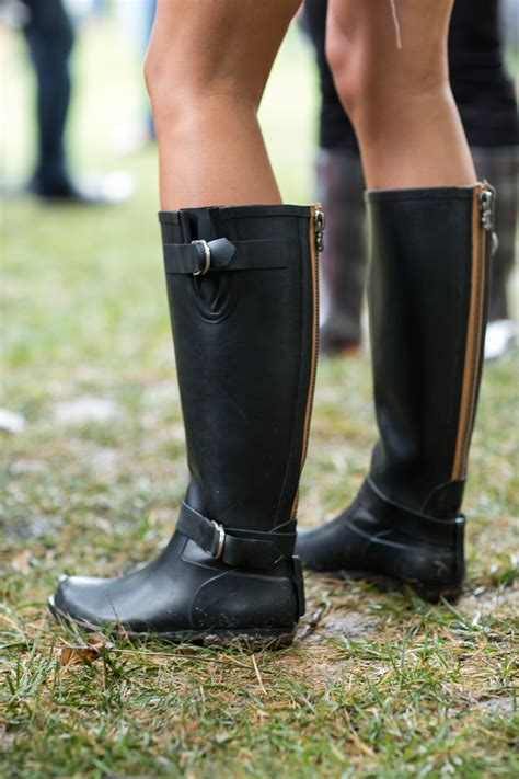 Rubber Boots Time - Lightaholic What Day Of The Week Was October 8 2012
