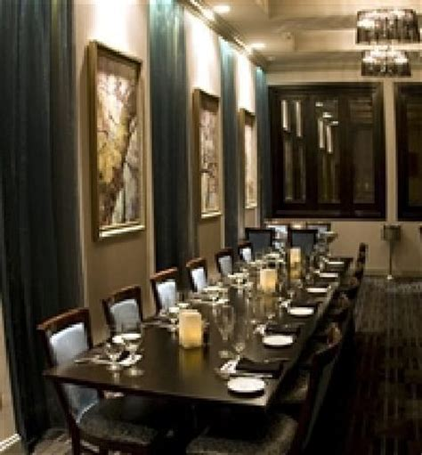 dining room picture of blue hill tavern