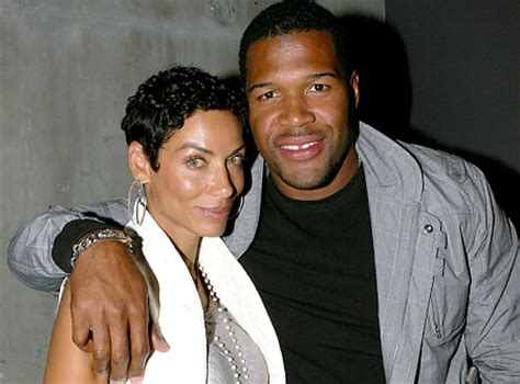 michael strahan and his wife michael strahan talks ex wife jean muggli and nicole murphy