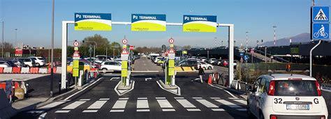 parcheggio interno malpensa terminal 2 parcheggi negli aeroporti sconti ai soci ascom la rassegna