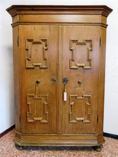 armadi tirolesi antichi armadio prov austria antichit 224 evelina vendita