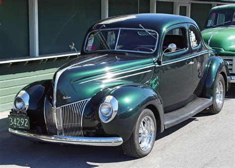 1939 ford coupe 1939 ford coupe green front angle