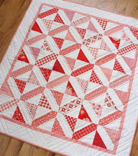 quilt designs für babys modern baby quilts book diary of a quilter a quilt