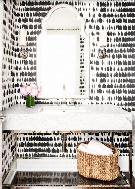 wallpapers  bathroom