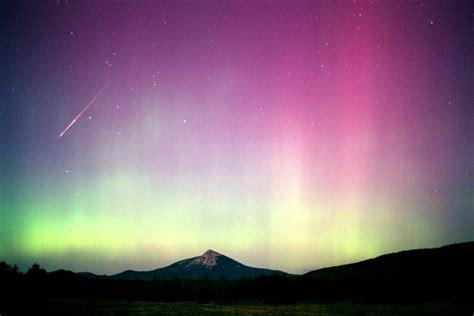 Northern Lights Cahaya Kutub Nora info dan pengetahuan