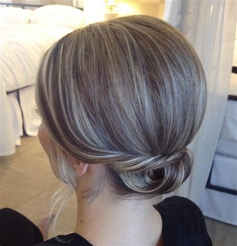 low bun with short hair 40 quick and easy short hair buns to try
